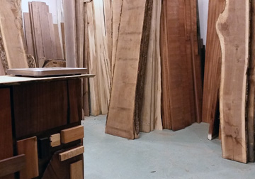 Solid Hardwood Lumber in Walnut, Maple, Oak, Mahogany and Cherry from Great Spirit Hardwoods in East Dundee,Illinois